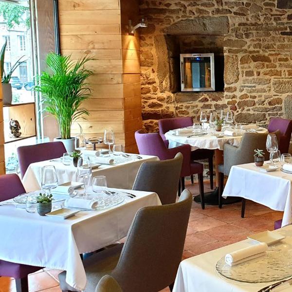La Salle du Restaurant l'Osmose à Pleudihen sur Rance
